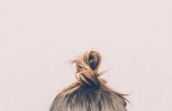 頭皮ニキビの原因とは?治すための改善方法