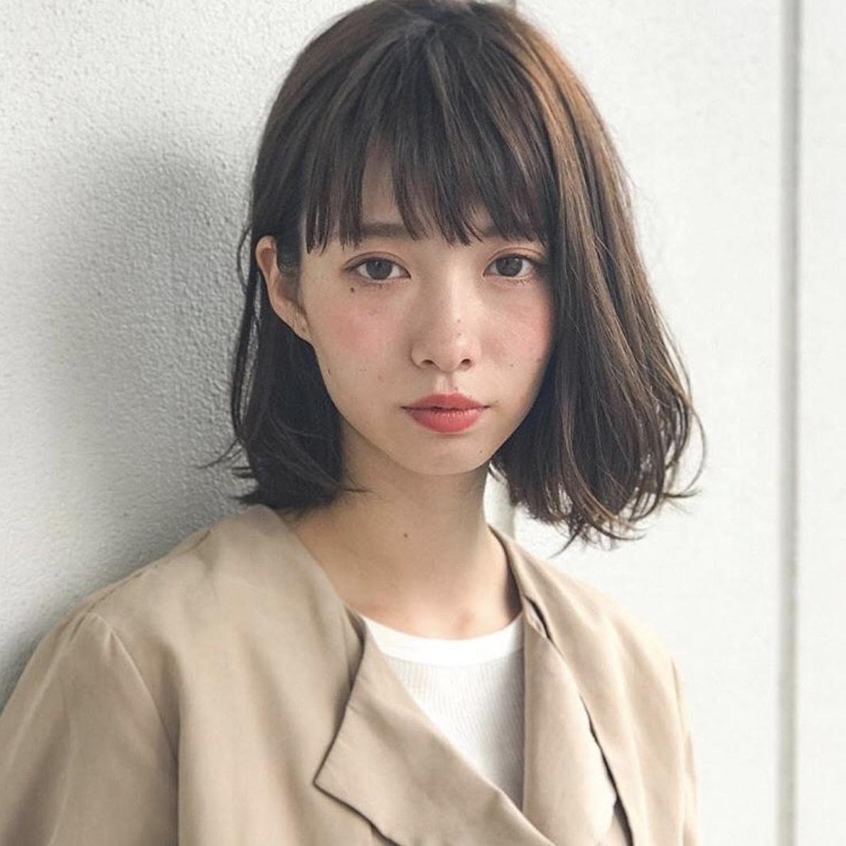 【40代髪型】「面長さん」に似合うおすすめ「ミディアム」ヘアカタログ|LALA[ララ]
