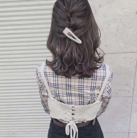 【髪の量が多い人】おすすめ ヘアアレンジ|ヘアカタログLALA