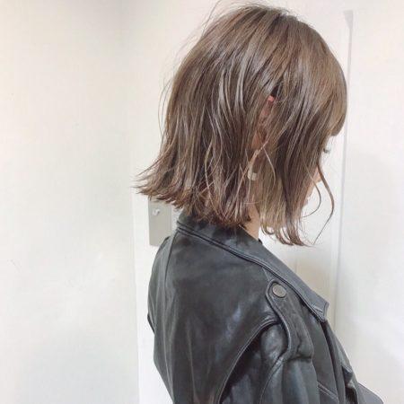 ミディアムヘア|ヘアカタログLALA
