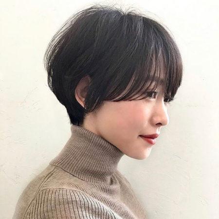 ボリューム感と美しいシルエットが素敵なマッシュヘア