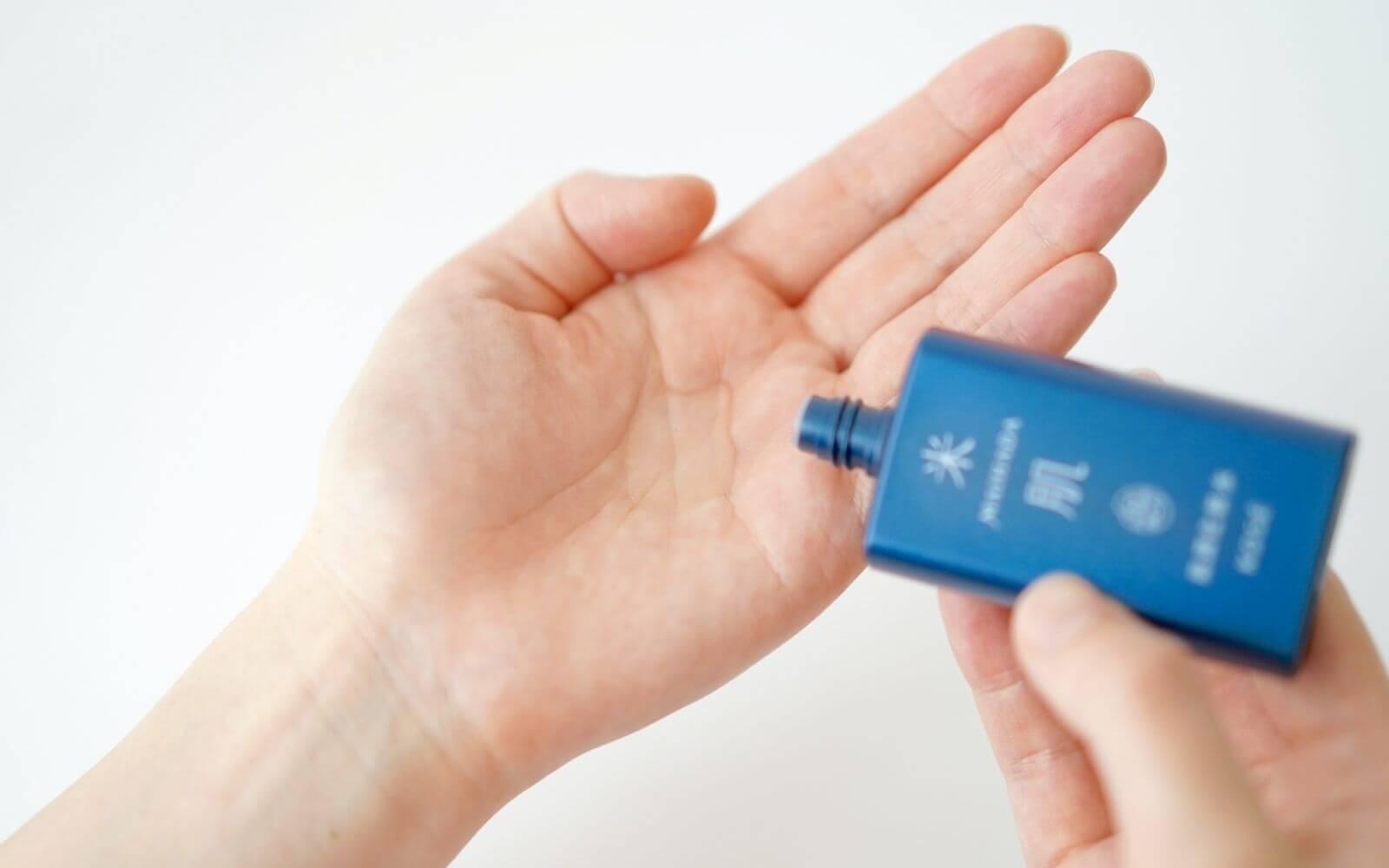 検証②肌潤化粧水のテクスチャー・使用感