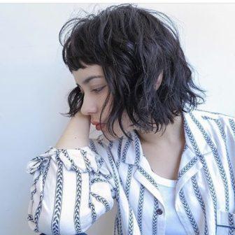 黒髪ウエーブボブ|美容室【tsunagu】服部 達哉