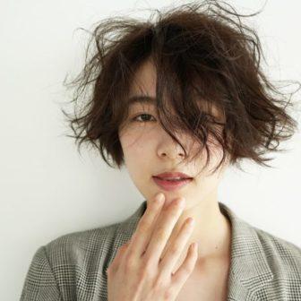 優しい前髪長めショート|美容室【nanuk 二子玉川】佐野 正人のヘアスタイル