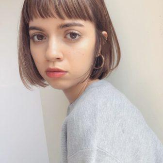 フラットショートバング×ボブ|【GARDEN omotesando】 Momo のヘアスタイル|ヘアカタログLALA [ララ]