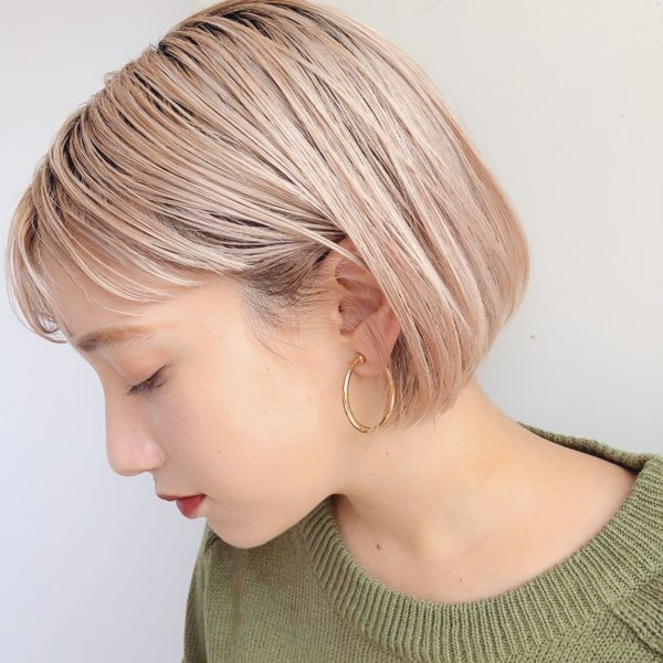 ハイトーン×ミニボブ|【GARDEN omotesando】 Momo のヘアカタログ