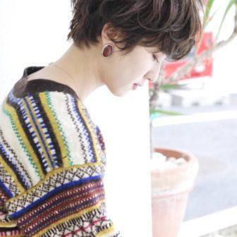 マッシュショート×パーマ|【SHE DAIKANYAMA】 丸岡 奈央のヘアカタログ|LALA [ララ]