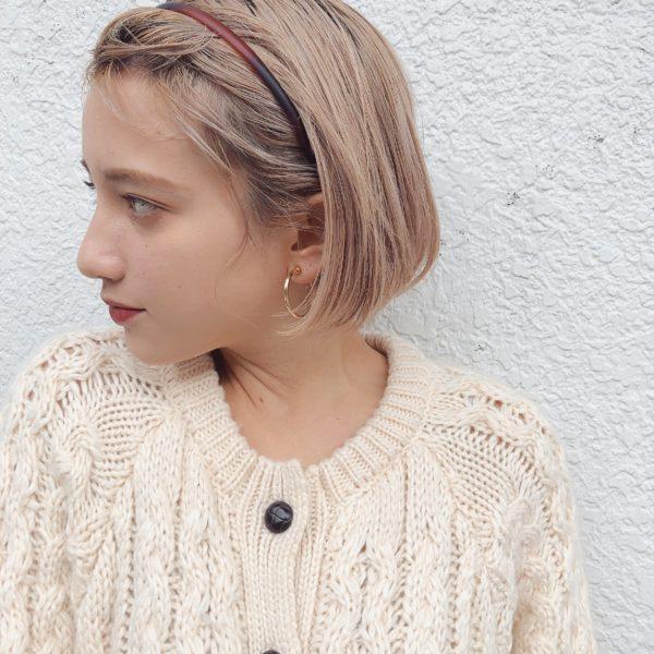 ミニマムボブ×ハイトーンベージュ|【GARDEN omotesando】 Momo のヘアスタイル