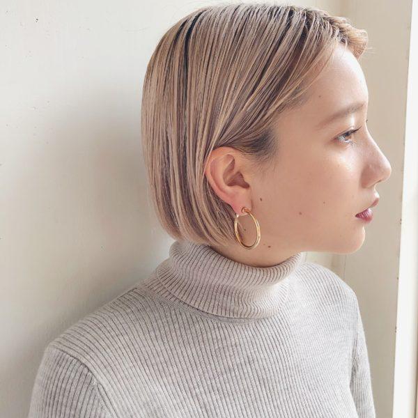 ミニマムボブ×ハイトーンベージュ|ガーデン オモテサンドウ(GARDEN omotesando)Momoのヘアスタイル画像サイド