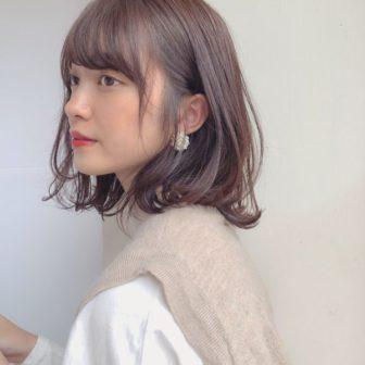 ワンカールで決まる外ハネロブ|【GARDEN omotesando】 Momo のヘアスタイル|ヘアカタログLALA [ララ]