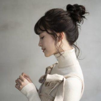 ロープ編みお団子アレンジ|【CIECA.】野元亮太のヘアスタイル|ヘアカタログLALA [ララ]