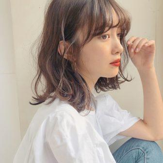 ミディアム×ゆるやかウェーブ|【GARDEN omotesando】 Momo のヘアスタイル|ヘアカタログLALA [ララ]