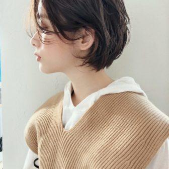 前下がりショート×くせ毛風|【joemi by Un ami】 大久保 瞳のヘアカタログ|LALA [ララ]