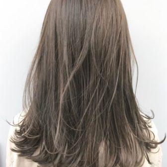透明感たっぷりハイライトグレージュ|【Un ami kichijoji】 岸 直美のヘアカタログ|LALA [ララ]
