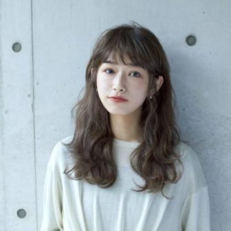 ash beige / natural wave|【LOAVE AOYAMA】佐脇 正徳のヘアスタイル・ヘアアレンジ・髪型|LALA[ララ]