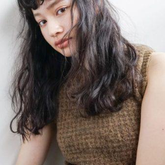 フレンチシックなロングウエーブ|【nanuk】佐野 正人のヘアスタイル|ヘアカタログLALA [ララ]