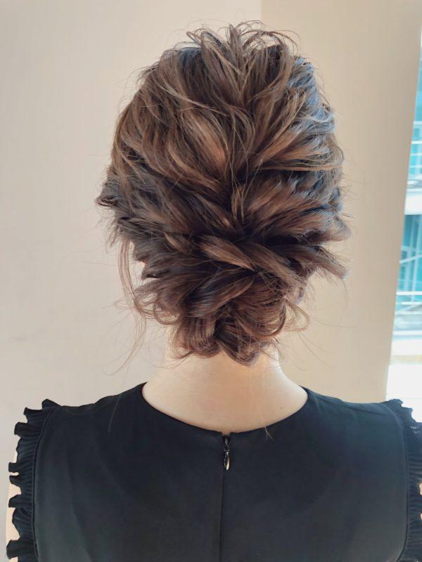 ロープ編みでルーズヘアアレンジ|【drive for garden】一番合戦 彩のヘアスタイル・ヘアアレンジ・髪型|LALA[ララ]
