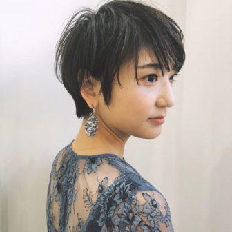 大人マッシュショート|【GIFT】chekeのヘアスタイル・ヘアアレンジ・髪型|ヘアカタログLALA[ララ]