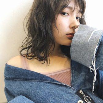 シースルーグレージュ|【GIFT】chekeのヘアスタイル・ヘアアレンジ・髪型|LALA[ララ]