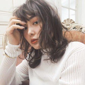 シアーグレージュ|【GIFT】chekeのヘアスタイル・ヘアアレンジ・髪型|LALA[ララ]