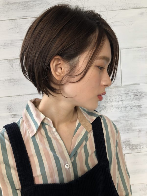 まとまるラフショートボブ|ジョエミ バイ アンアミ(joemi by Un ami )スタイリスト大久保 瞳のヘアスタイル画像