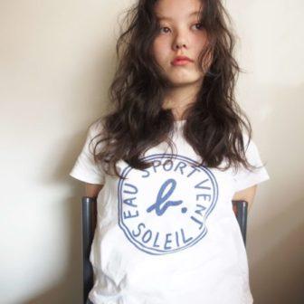 ホットパーマでかける大きめフワフワウェーブ|【nanuk】岡村 健太郎のヘアスタイル・ヘアアレンジ・髪型|ヘアカタログLALA [ララ]