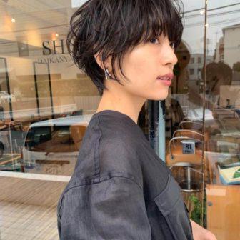 前下がり×マッシュショートボブ|代官山の美容室 シー ダイカンヤマ(SHE DAIKANYAMA)スタイリスト丸岡 奈央のヘアスタイル