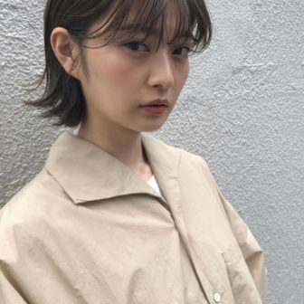 耳掛けショートボブ|【people】椎 健太郎のヘアスタイル・ヘアアレンジ・髪型|LALA[ララ]