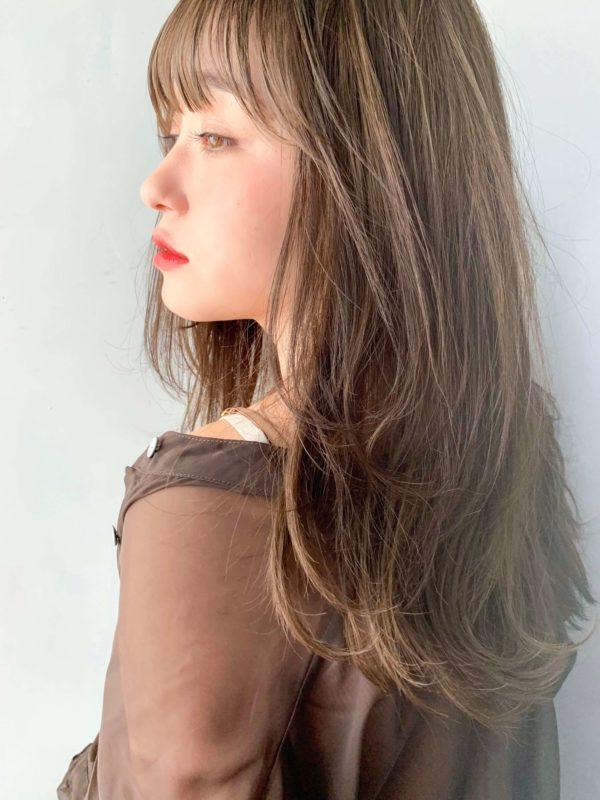 ミルクティーレイヤーセミロング|アンアミ キチジョウジ(Un ami Kichijoji)スタイリスト岸 直美のヘアスタイル画像【サイド】
