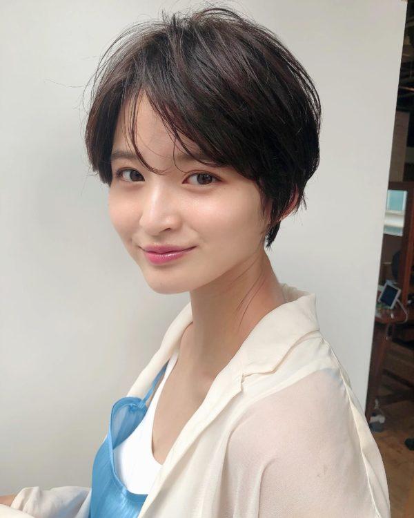 シースルー前髪のオシャレで可愛いショート|【GARDEN Tokyo】今野 佑哉のヘアスタイル・ヘアアレンジ・髪型|LALA[ララ]