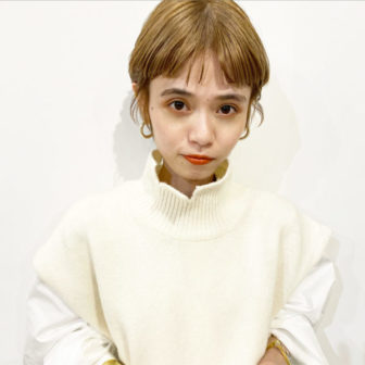 ショートバングが似合うハイトーンカラー|【SOIE】柳原 弘樹のヘアスタイル・ヘアアレンジ・髪型・ヘアカタログ|LALA[ララ]