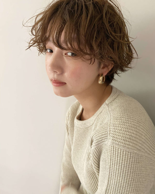 再現性高いニュアンスパーマショート|【SOIE】柳原 弘樹のヘアスタイル・ヘアアレンジ・髪型