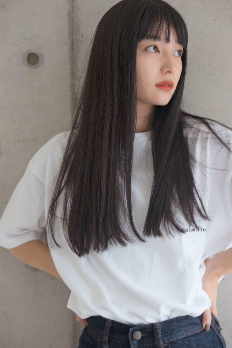 艶グレージュロングヘア|表参道の美容室 ローブ アオヤマ(LOAVE AOYAMA)佐脇 正徳の髪型