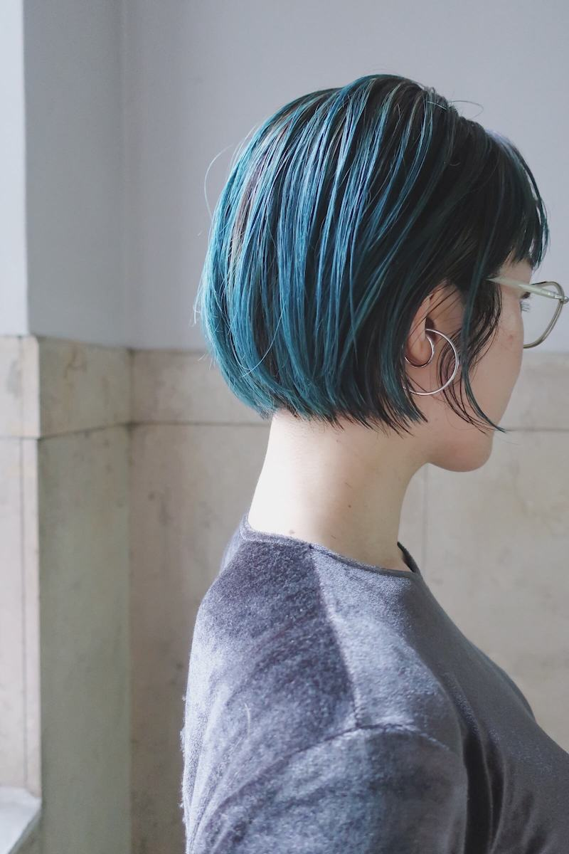 ブルーのミニボブ